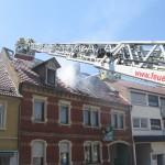 Mit zwei Drehleitern war die Brandbekämpfung unterstützt worden